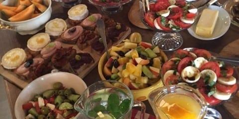 Buffet & feines aus der Küche à discrétion